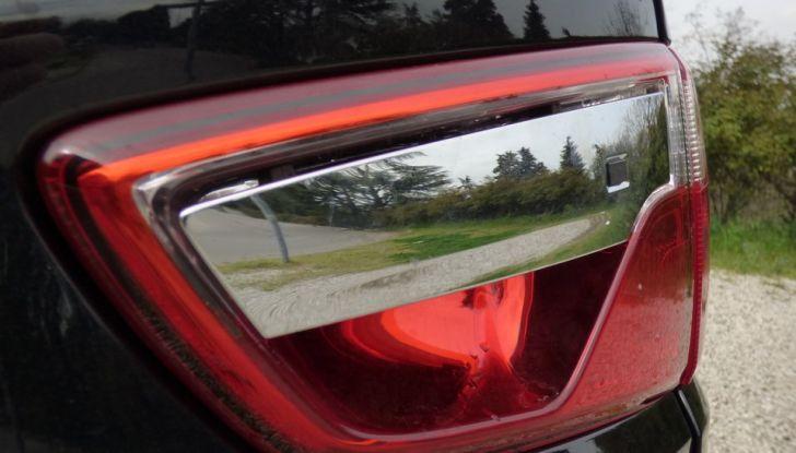 Ford EcoSport prova su strada, motorizzazioni e prezzi - Foto 10 di 41