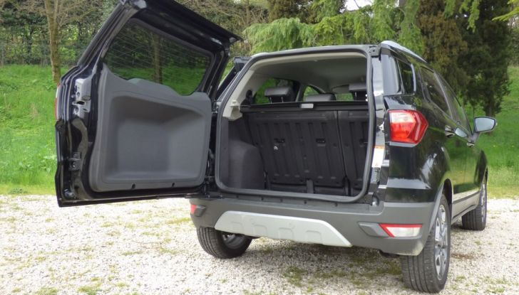 Ford EcoSport prova su strada, motorizzazioni e prezzi - Foto 27 di 41