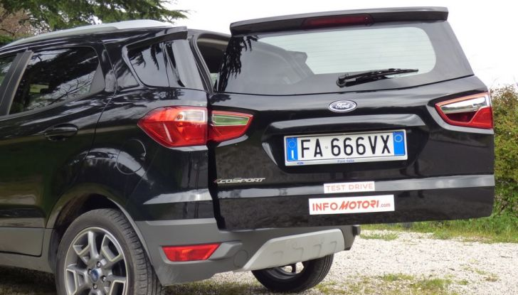 Ford EcoSport prova su strada, motorizzazioni e prezzi - Foto 29 di 41