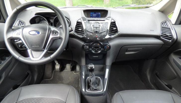 Ford EcoSport prova su strada, motorizzazioni e prezzi - Foto 34 di 41