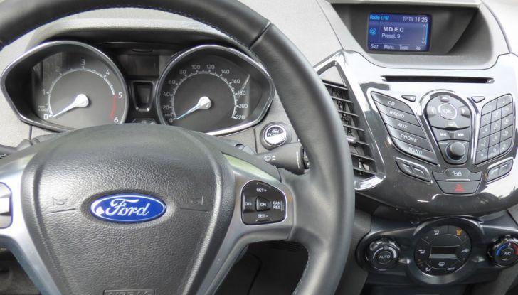 Ford EcoSport prova su strada, motorizzazioni e prezzi - Foto 37 di 41