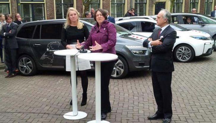 """PSA Groupe: Parigi-Amsterdam con due veicoli autonomi in modalità """"Eyes off"""" - Foto 2 di 7"""