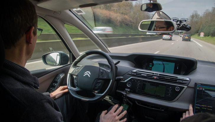 """PSA Groupe: Parigi-Amsterdam con due veicoli autonomi in modalità """"Eyes off"""" - Foto 7 di 7"""