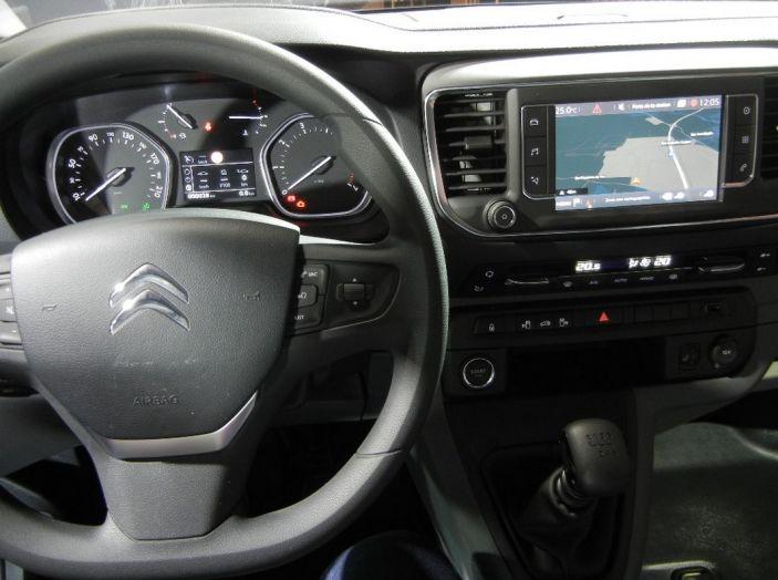 Citroën Jumpy interno test drive