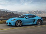 Nuova Porsche 718 Cayman con motore centrale a quattro cilindri turbo