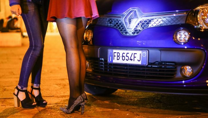 Renault Twingo LOVELY e LOVELY2: serie limitate all'insegna del Glamour - Foto 8 di 10