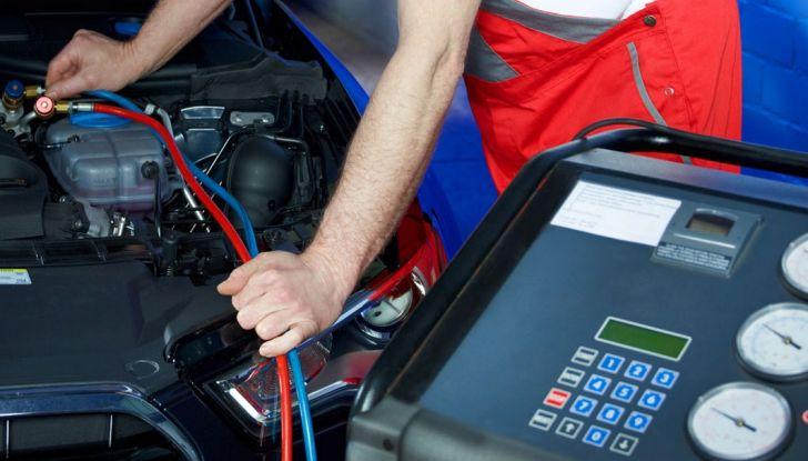 Revisione auto, dal 21 maggio cambiano le regole e i certificati - Foto 3 di 9