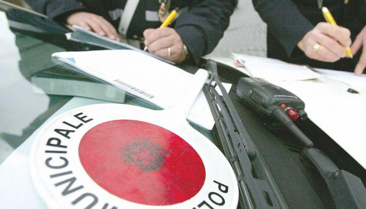 Revisione auto, dal 21 maggio cambiano le regole e i certificati - Foto 5 di 9
