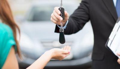 Passaggio di proprietà auto: le informazioni utili