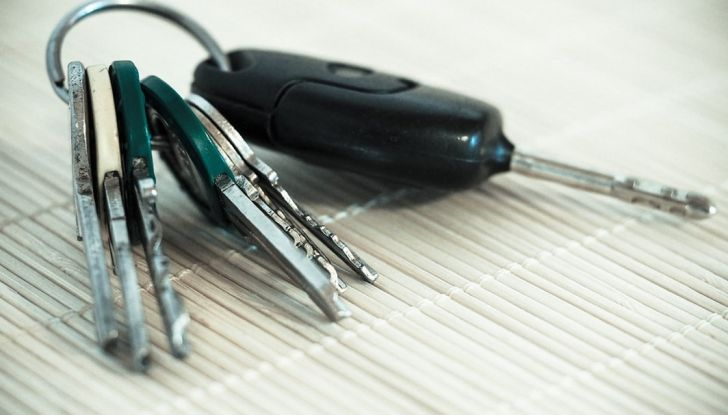 Il passaggio di proprietà auto: come si fa e quanto costa - Foto 5 di 6