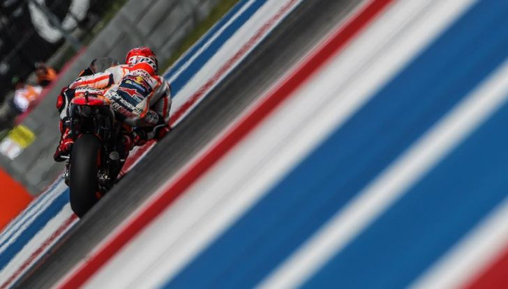 MotoGP, Marquez vince ad Austin. Rossi: caduta e ritiro. - Foto 11 di 13