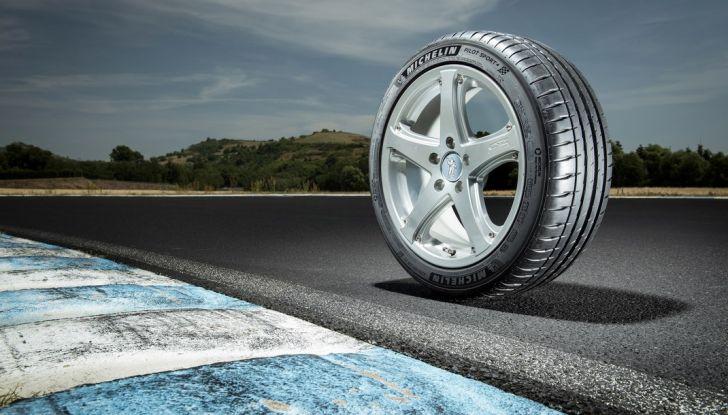 Cambio pneumatici legale dal 15 aprile: tutto ciò che è bene sapere - Foto 3 di 12