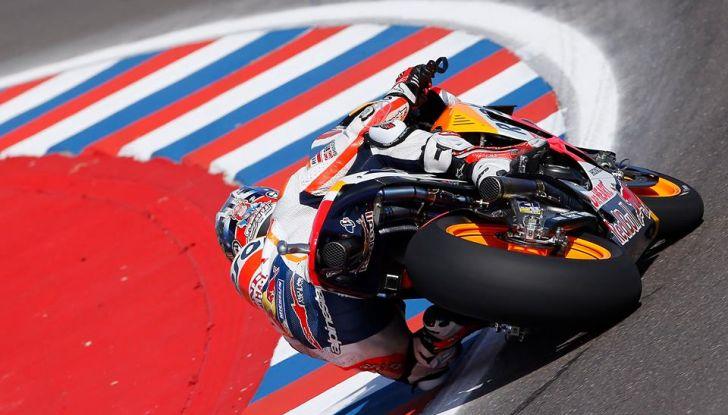MotoGP: Marquez vince in Argentina, Rossi è secondo - Foto 6 di 15