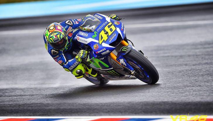 MotoGP: Marquez vince in Argentina, Rossi è secondo - Foto 1 di 15
