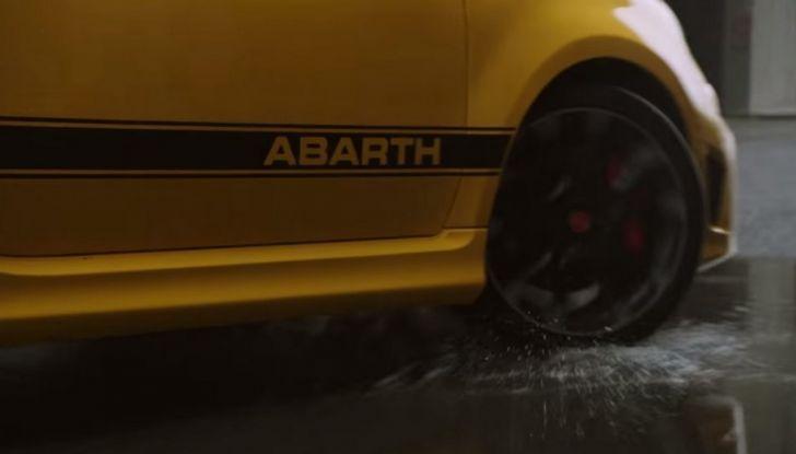 Nuova gamma 595 Abarth: più potente e tecnologica - Foto 17 di 18