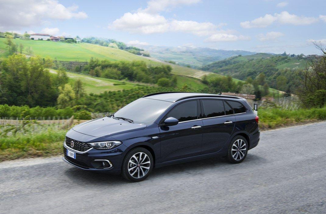 Mercato auto Italia: +11,5% ad aprile, +18,6% nei 4 mesi