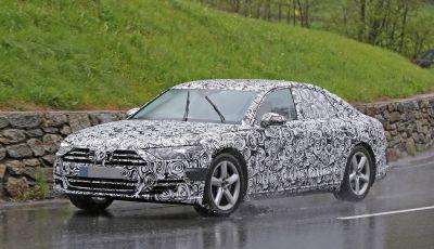 Audi A8 di nuova generazione, le prime foto spia