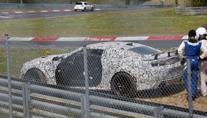Chevrolet Camaro Z28, incidente al Nürburgring durante i collaudi (5)