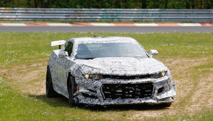 Chevrolet Camaro Z28, incidente al Nürburgring durante i collaudi (7)