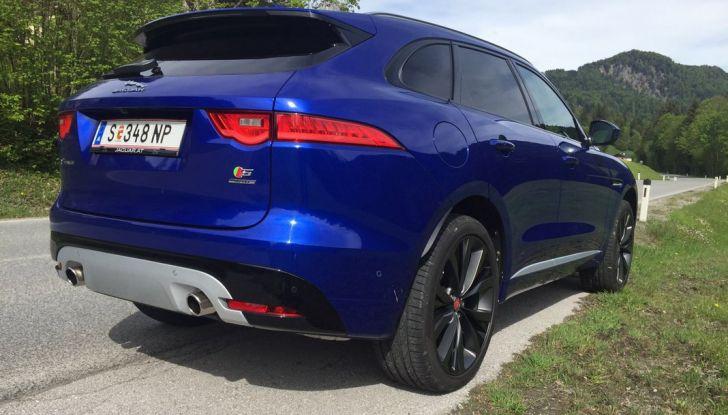 Jaguar F-Pace 3.0d e Supercharged: prova su strada, prezzi e prestazioni - Foto 6 di 23