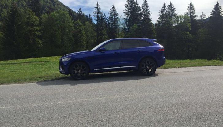 Jaguar F-Pace 3.0d e Supercharged: prova su strada, prezzi e prestazioni - Foto 8 di 23