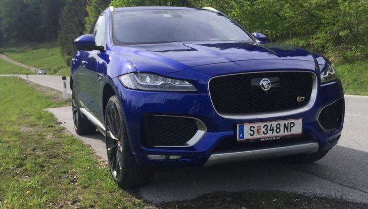 Jaguar F-Pace 3.0d e Supercharged: prova su strada, prezzi e prestazioni - Foto 3 di 23