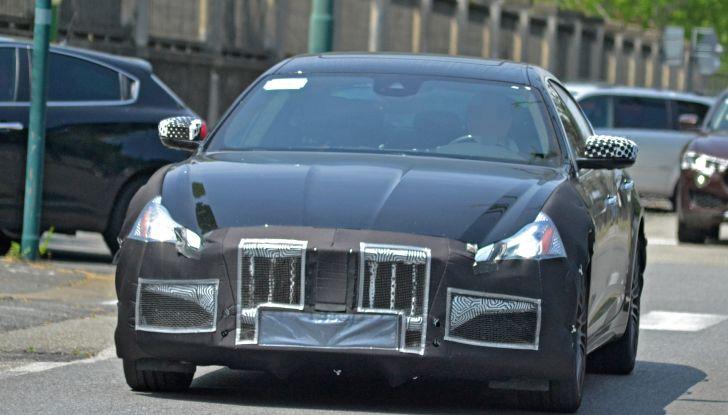 Maserati Quattroporte: le foto spia del restyling - Foto 1 di 10