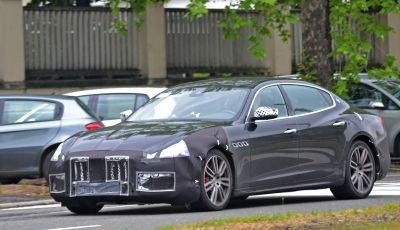 Maserati Quattroporte: le foto spia del restyling