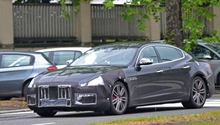 Maserati Quattroporte: le foto spia del restyling - Foto 8 di 10