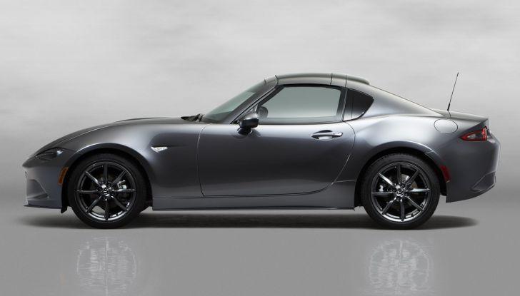 Mazda MX-5 RF: debutto europeo nel Regno unito a giugno - Foto 7 di 14