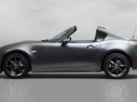 Mazda MX-5 RF: debutto europeo nel Regno unito a giugno