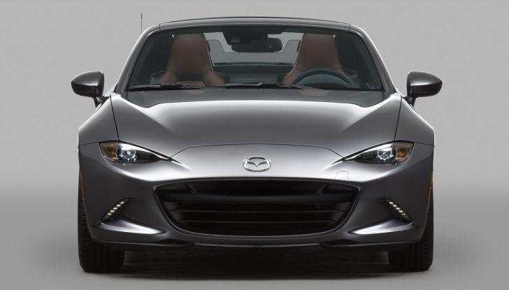 Mazda MX-5 RF: debutto europeo nel Regno unito a giugno - Foto 2 di 14