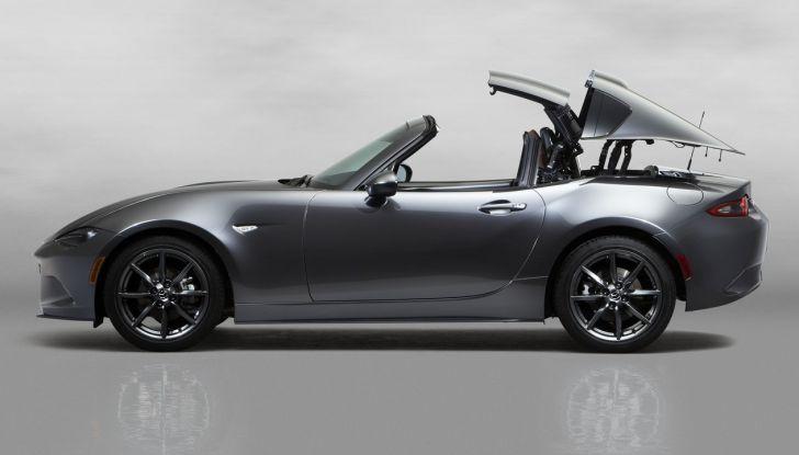 Mazda MX-5 RF: debutto europeo nel Regno unito a giugno - Foto 5 di 14