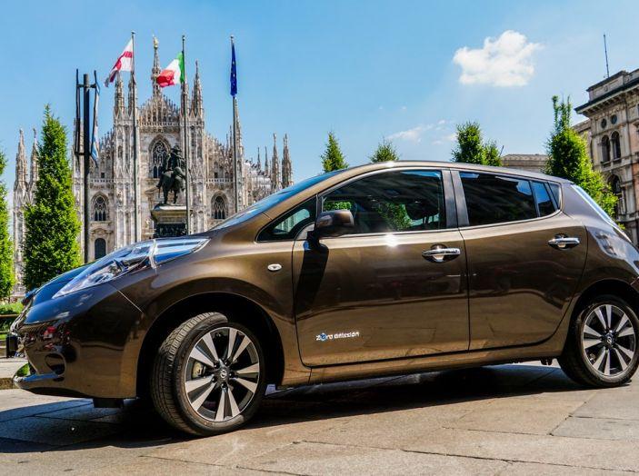 Nissan e A2A, inaugurate a Milano le prime colonnine pubbliche di ricarica rapida per i veicoli elettrici - Foto 21 di 21