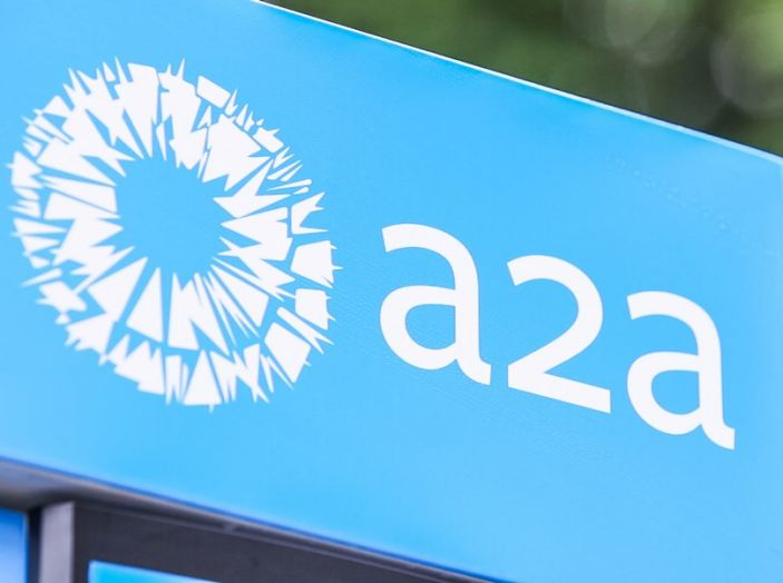 Nissan e A2A, inaugurate a Milano le prime colonnine pubbliche di ricarica rapida per i veicoli elettrici - Foto 16 di 21