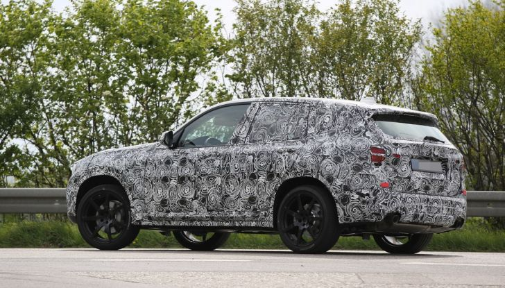 Nuova BMW X3 foto spia (13)