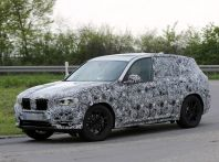Nuova BMW X3: interni e dettagli nelle ultime foto spia