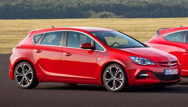 Nuova Opel Astra BiTurbo 5 porte con motore 1.6 BiTurbo CDTI da 160 CV - Foto 1 di 5