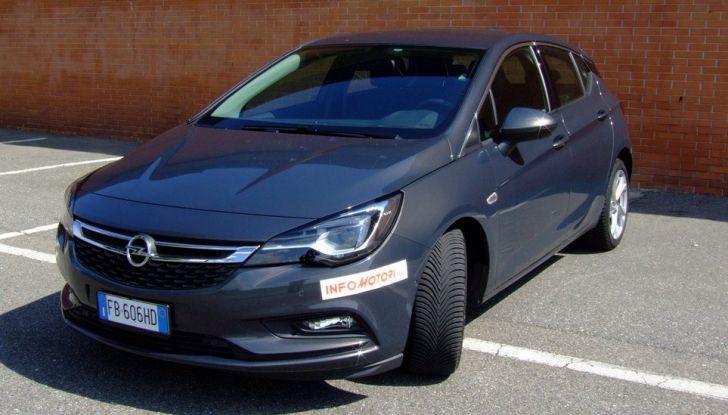 Opel Astra 1.6 CDTI Innovation: prova su strada, consumi e prezzi - Foto 14 di 25