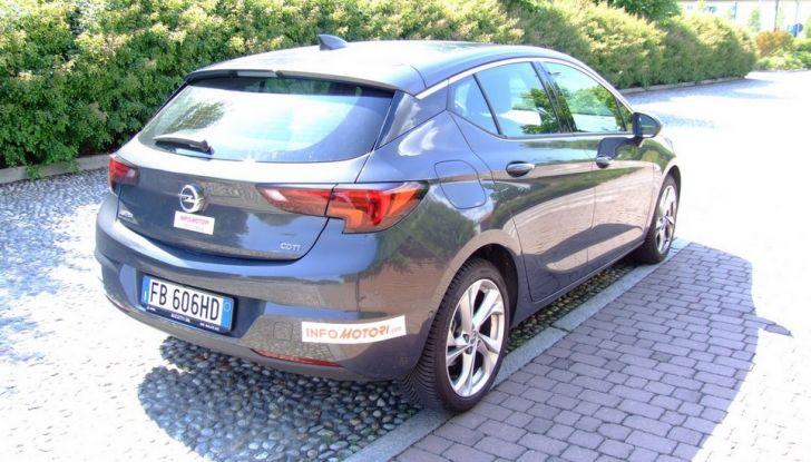 Opel Astra 1.6 CDTI Innovation: prova su strada, consumi e prezzi - Foto 2 di 25