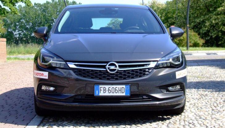 Opel Astra 1.6 CDTI Innovation: prova su strada, consumi e prezzi - Foto 10 di 25