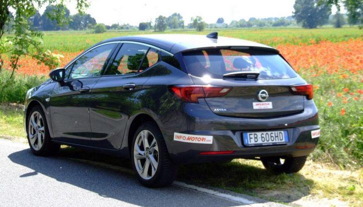 Opel Astra 1.6 CDTI Innovation: prova su strada, consumi e prezzi - Foto 8 di 25