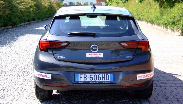 Opel Astra 1.6 CDTI Innovation: prova su strada, consumi e prezzi - Foto 22 di 25