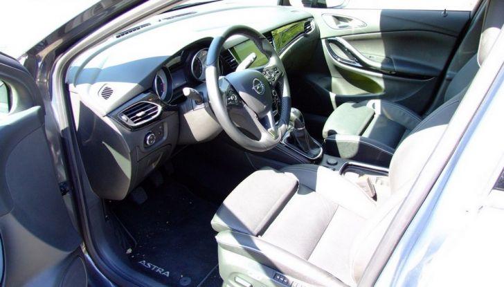 Opel Astra 1.6 CDTI Innovation: prova su strada, consumi e prezzi - Foto 25 di 25