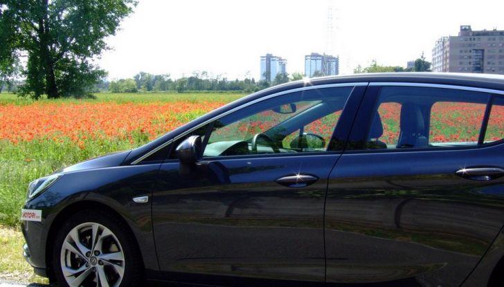 Opel Astra 1.6 CDTI Innovation: prova su strada, consumi e prezzi - Foto 6 di 25