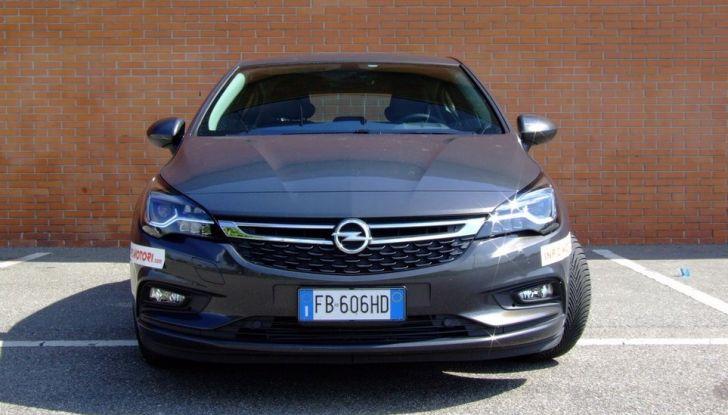 Opel Astra 1.6 CDTI Innovation: prova su strada, consumi e prezzi - Foto 12 di 25