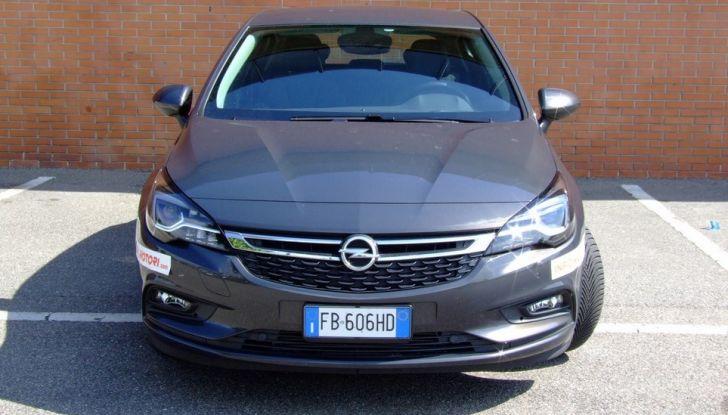 Opel Astra 1.6 CDTI Innovation: prova su strada, consumi e prezzi - Foto 4 di 25