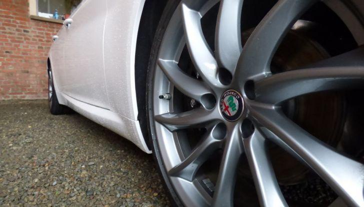 Alfa Romeo Giulia vince tutti i premi ma non vende - Foto 34 di 35