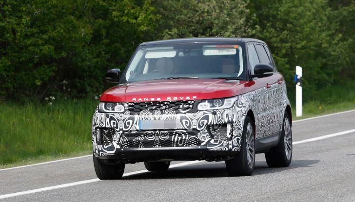 Land Rover Range Rover Sport: ecco le foto spia del restyling - Foto 1 di 7