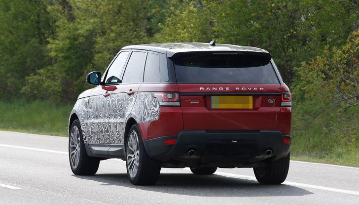 Land Rover Range Rover Sport: ecco le foto spia del restyling - Foto 7 di 7